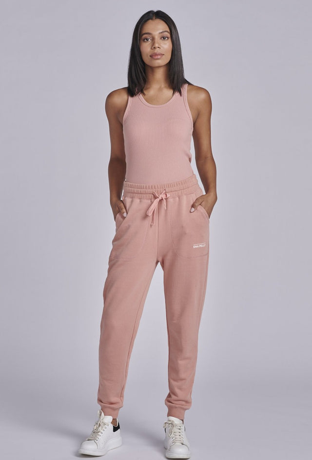 Essential Track Pant Cameo Pink