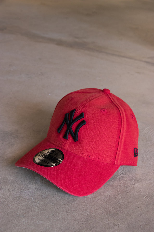 New Era NYC Red Wash 940 Unisex