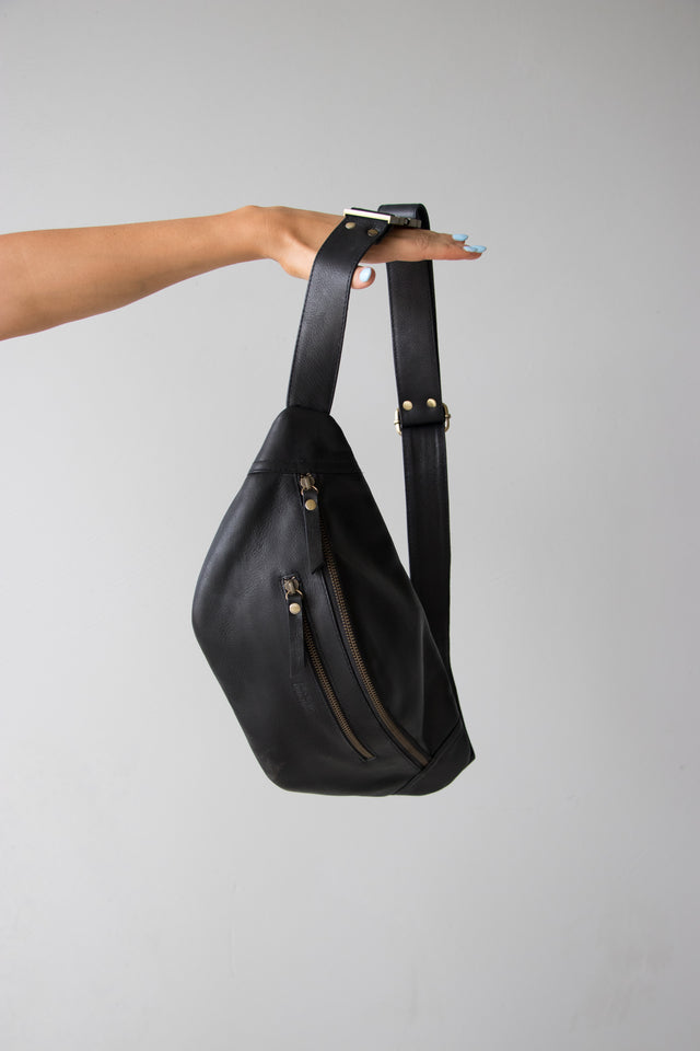 Favourite Daughter Finlay Cross Body Bag Black
