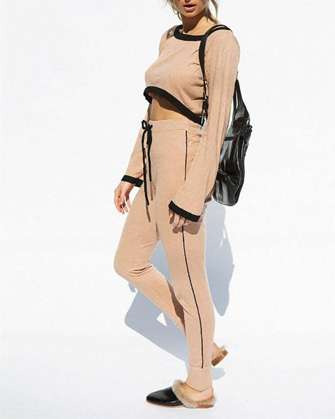 Round Neck Color Matching Navel T-Shirt & Trouser Suit