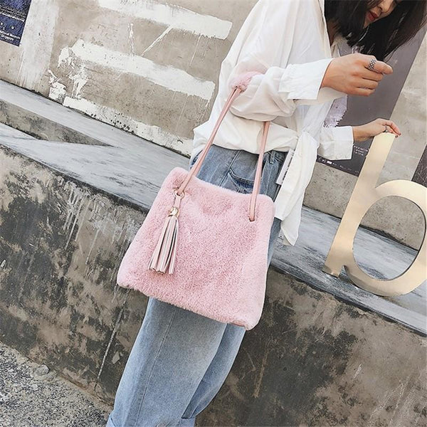 Fashionable Plush Bucket Bag Simple Tassel Single Shoulder Slant Across Female Bag