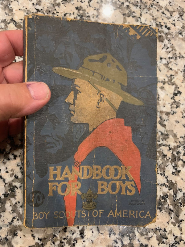 First Edition 1910 Handbook for Boys BSoA