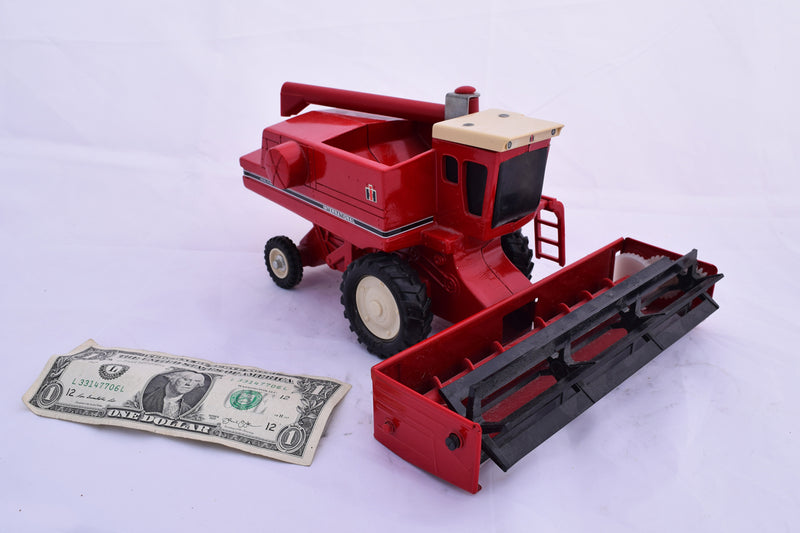 International Harvester Axial-Flow Combine Toy