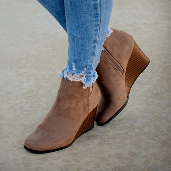 Chloebuy Side Slit Wedge Booties