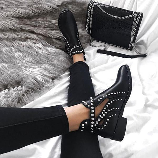 Chloebuy Daily Black Adjustable Buckle Rivet Boots