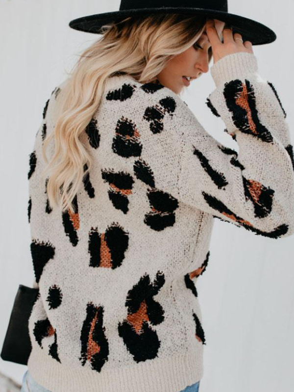 Chloebuy Round Neck Leopard Sweater