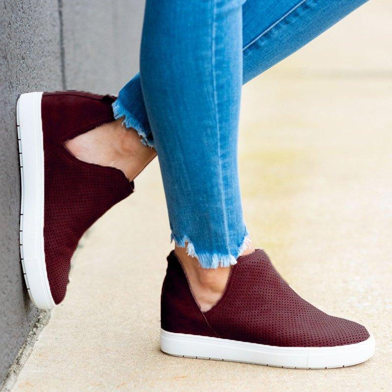 Chloebuy Slip-On Round Toe Breathable Sneakers