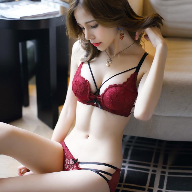 JYF Hot sale sexy hollow women underwear sets embroidery Deep V laceintotham-intotham