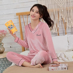 Gold Velvet Women Pajamas Sets Autumn Winter Long Sleeve Sleepwear Warmintotham-intotham