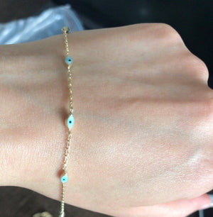 Delicate and Dainty evil eye bracelet
