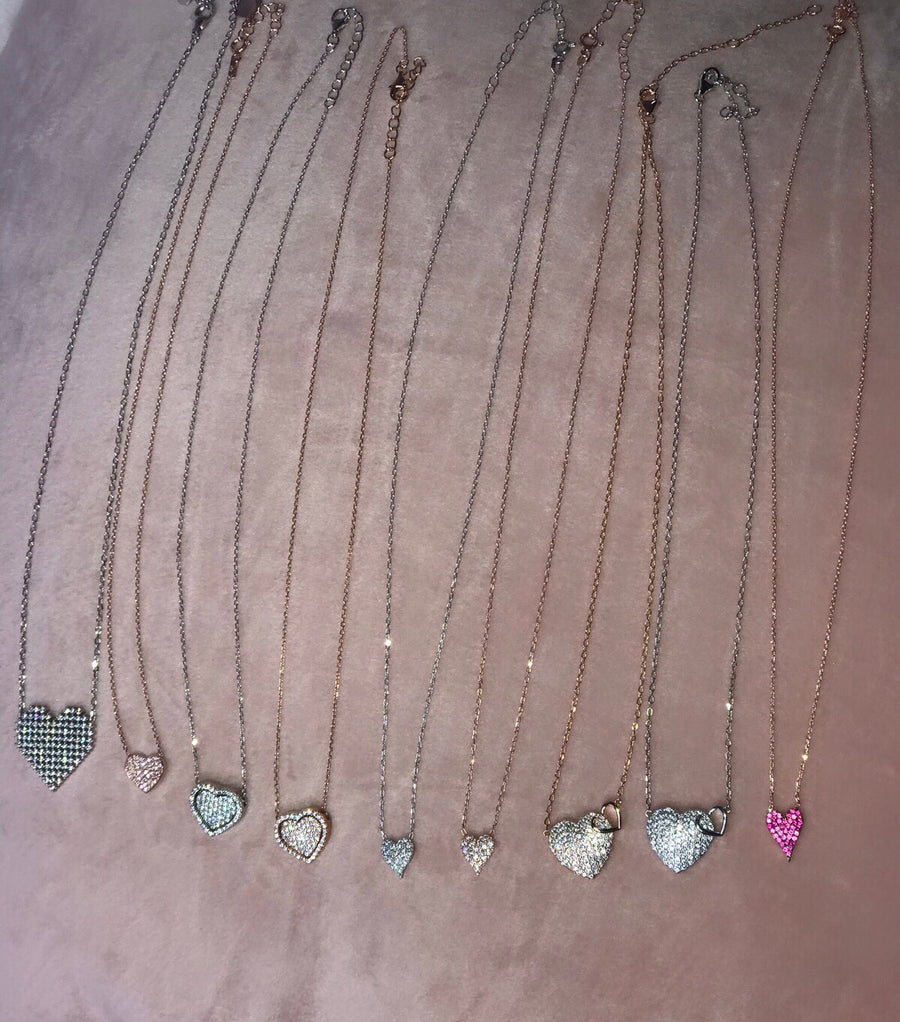 Dainty queens of hearts necklaces