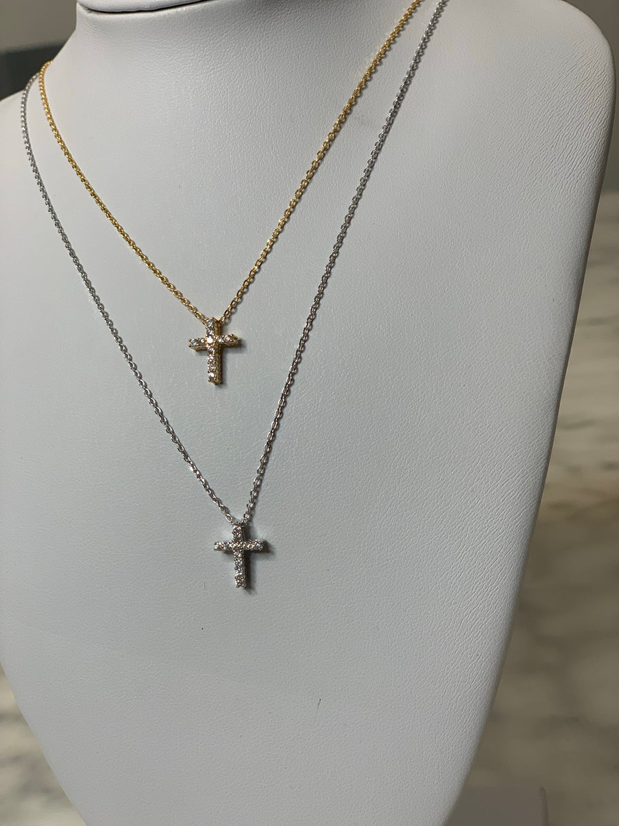 Mini dainty cross