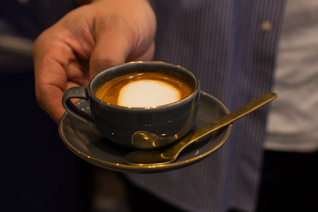 How To Make The Perfect Macchiato With a Dollop