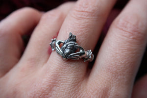 Love's Faithful Vow Ring