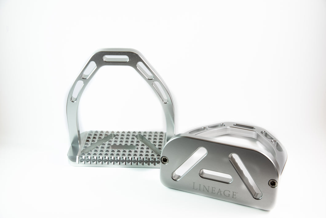 Lineage Stirrup in Silver
