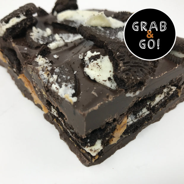 Dark Chocolate Peanut Butter Oreo Bark: Grab & Go