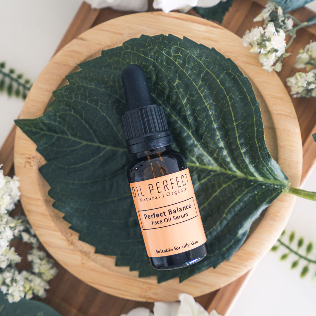 Face oil serum for oily skin, formulated with Sea Buckthorn CO2 to help boost skin recovery. By Oil Perfect.