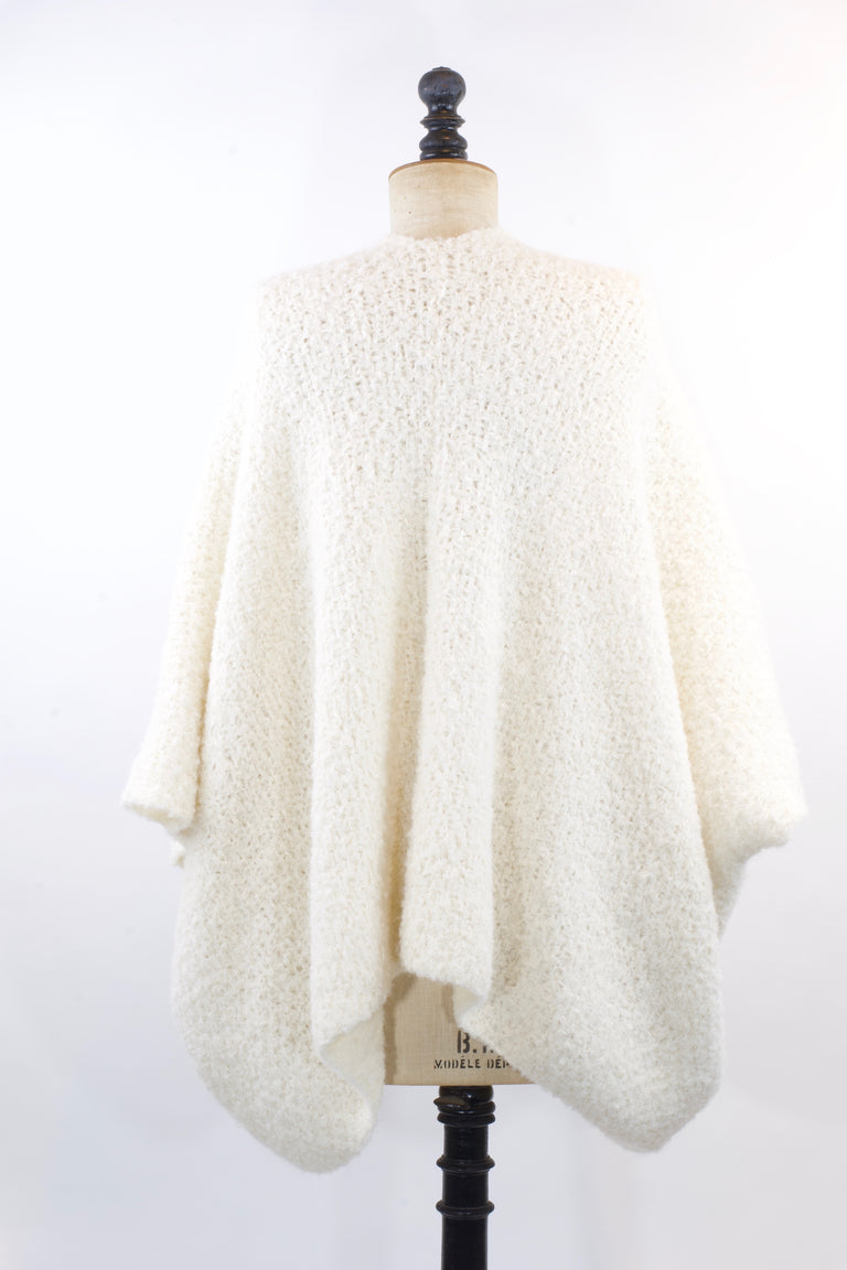 Pluf Poncho - Warm White