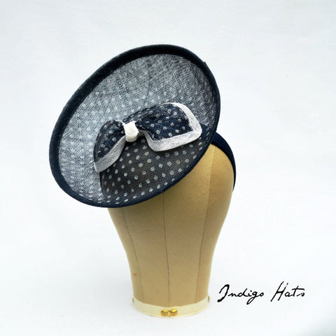 NEWPORT - Navy Blue Polka Dot Percher