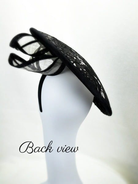 DRAMATIC - Black and White Saucer Headpiece