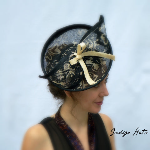 FLEUR - Black  Percher Headpiece