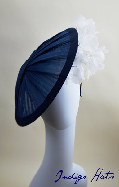 CAPRI - Navy Jinsin & White Feathers Saucer Hat
