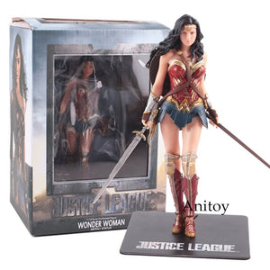 DC Justice League Statue Wonder Woman, Batman, The Flash, Superman, Cyborg, Action Figures