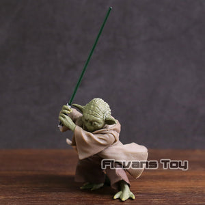Star Wars Jedi Knight Yoda with Lightsaber Mini Action Figure Collectible