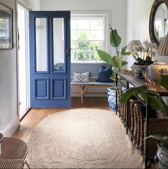 22 Stunning Hamptons Style Entrances to Inspire You