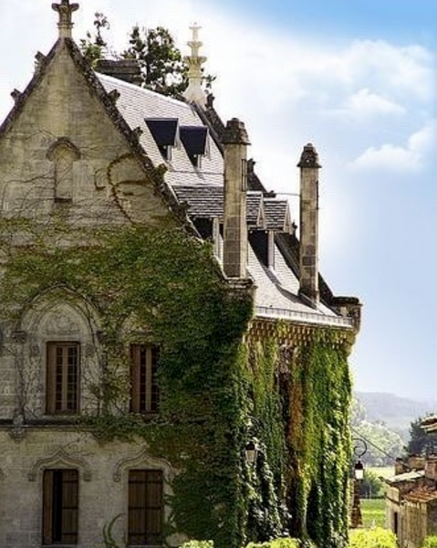 18 Elegantly Rustic French Provincial Houses You Will Love