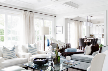 8 Beautiful Hamptons Style Living Rooms That Will Inspire You