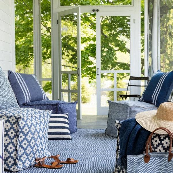 Indoor/Outdoor Rug - Diamond Blue and White