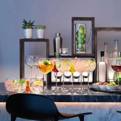 How to Impress Guests with the Perfect Home Bar