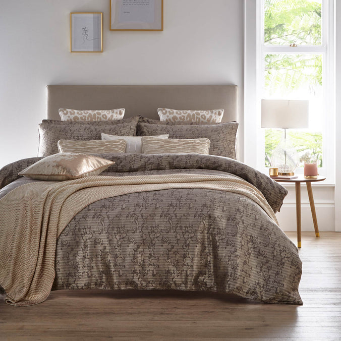 Tess Daly Lux Bedding