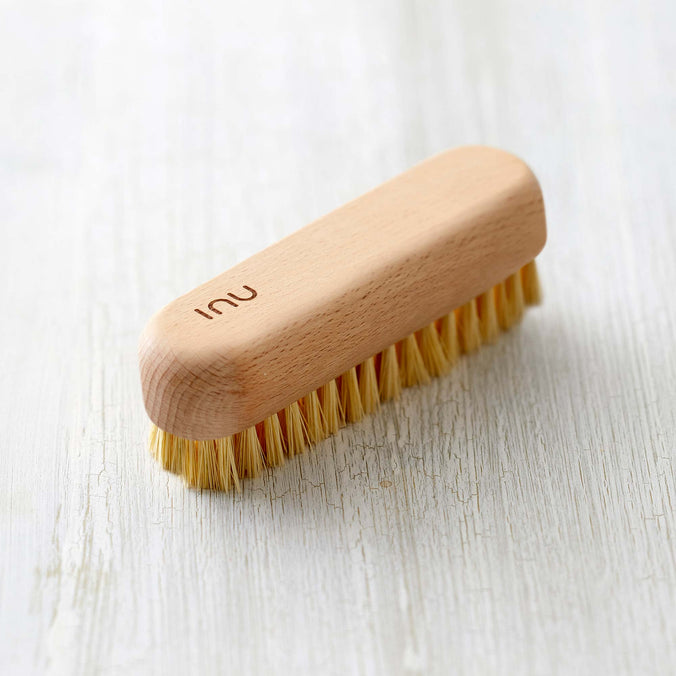Zone Denmark Inu Nail Brush Small, Beech