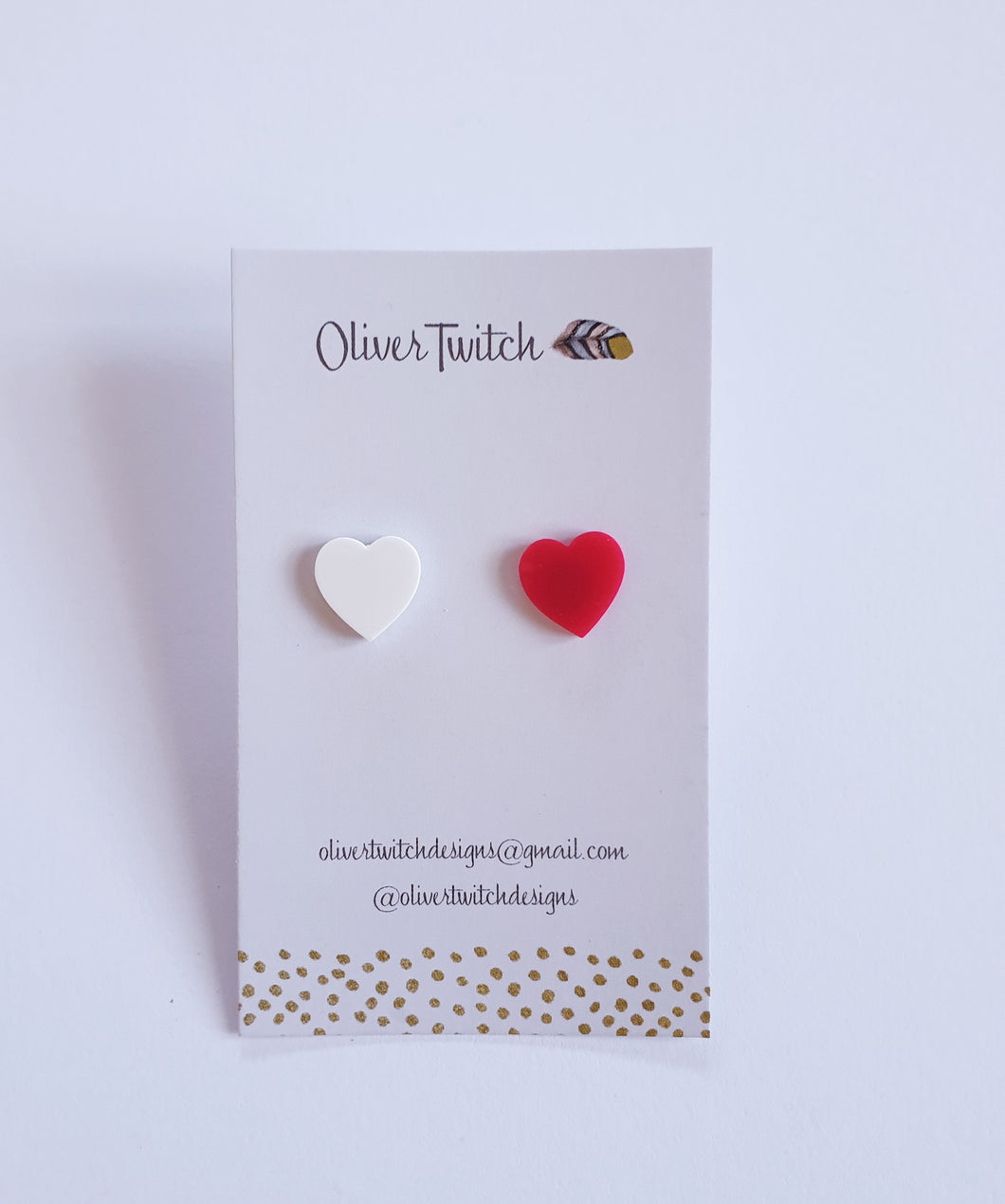 Amor Studs - Red and White