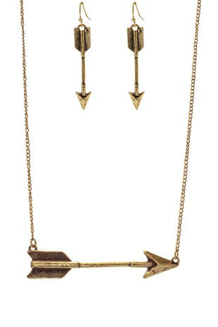 Arrow Point Necklace Set