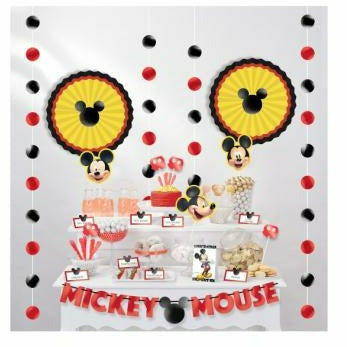 Mickey Mouse Forever Table Decorating Kit