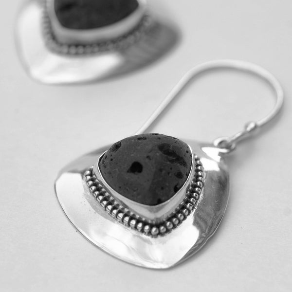 Kaldera Atelier Jove & Jove, tear Earrings in 925 Sterling Silver and Mount Agung Lava Stone.