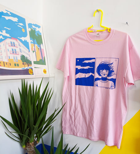 Lone Astronaut Tee in Pink