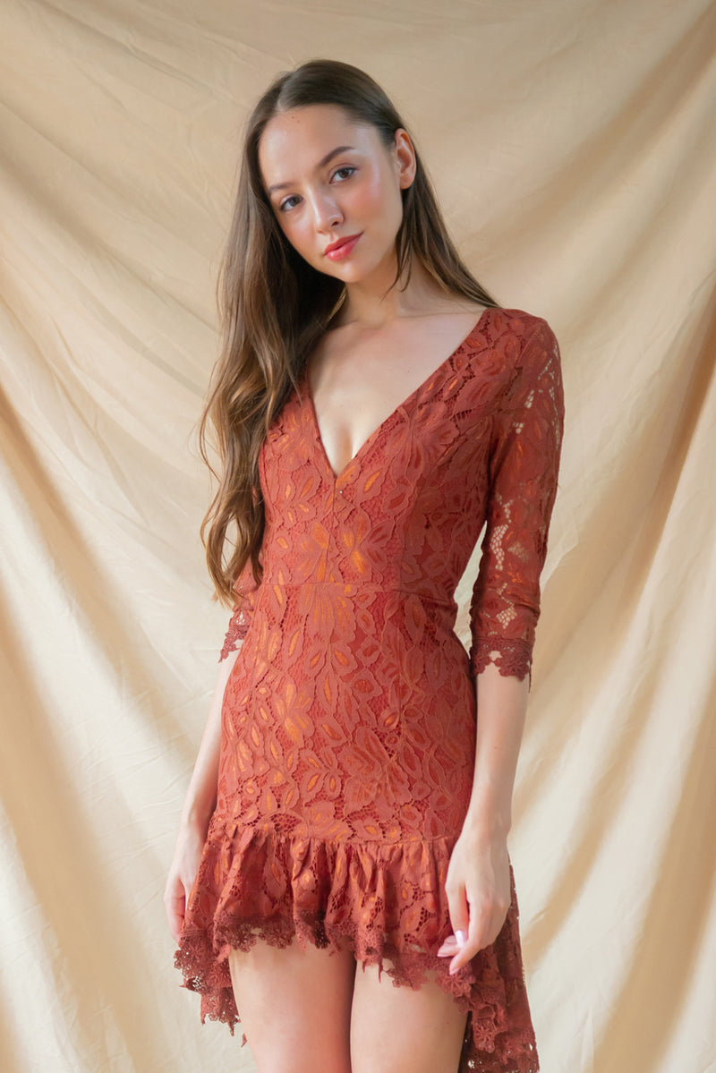 Max Attitude Lace Dress in Rust