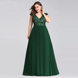 Plus Size A-line Prom Dresses Burgundy Sleeveless Lace Appliques V-neck Evening Dresses