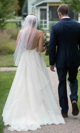 Sexy A-line Wedding Dress Backless Ivory Wedding Gowns