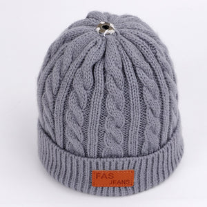 Children's autumn and winter knitted cotton hats warm and comfortable ski hat solid color fashion boy girl universal pompom caps