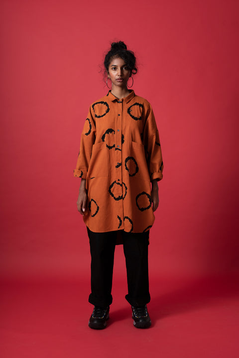 Front of unisex terracotta oversized boyfriend ring shirt in 100% cotton