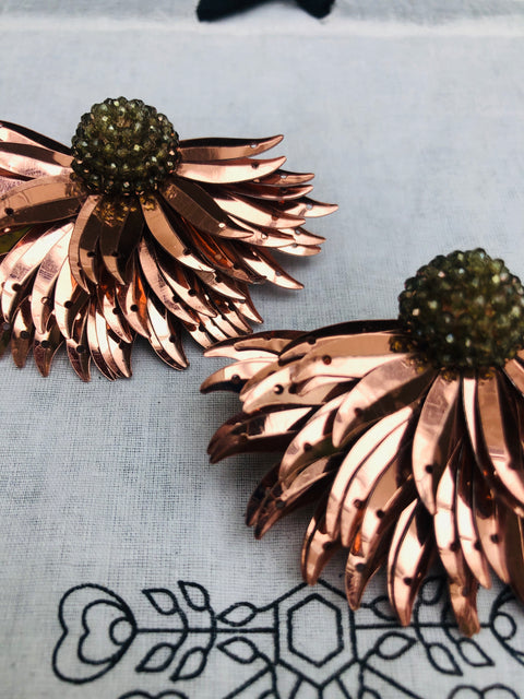 Rose Gold Marguerite Earrings