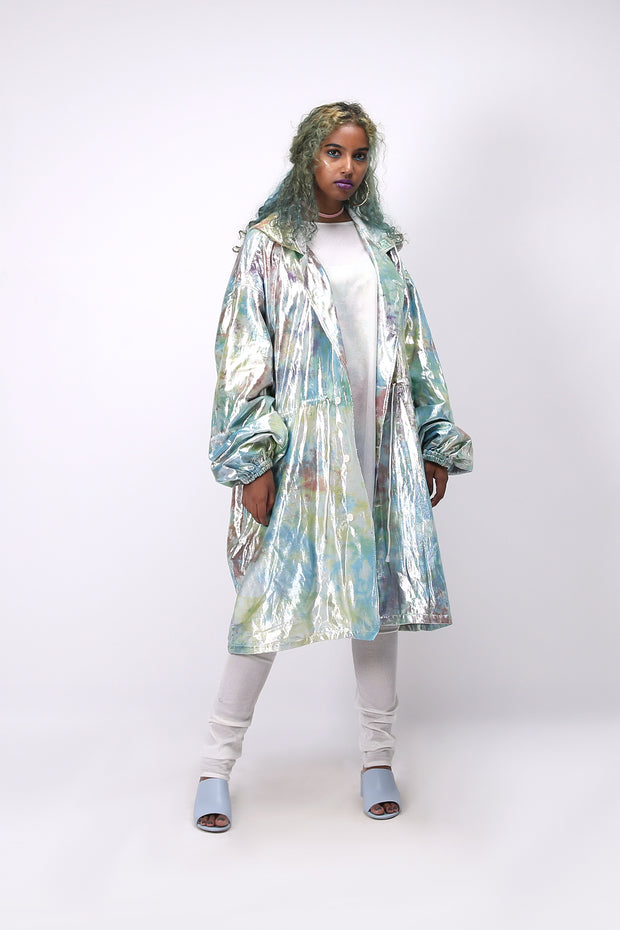 Front-side of unisex shimmy shimma trench in lurex