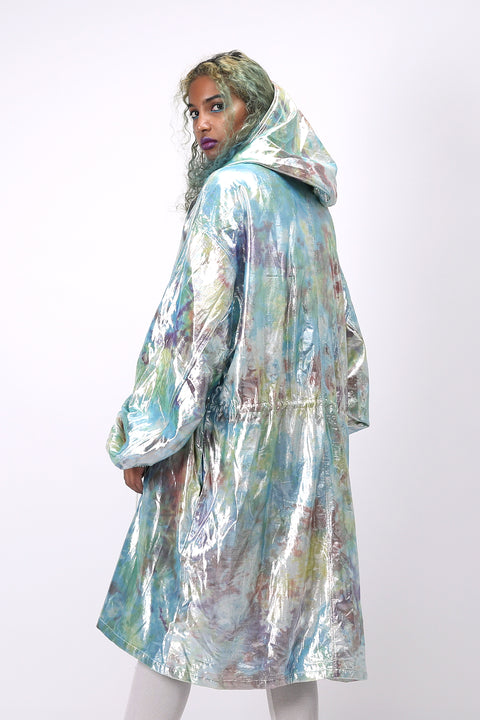 Back-side of unisex shimmy shimma trench in lurex
