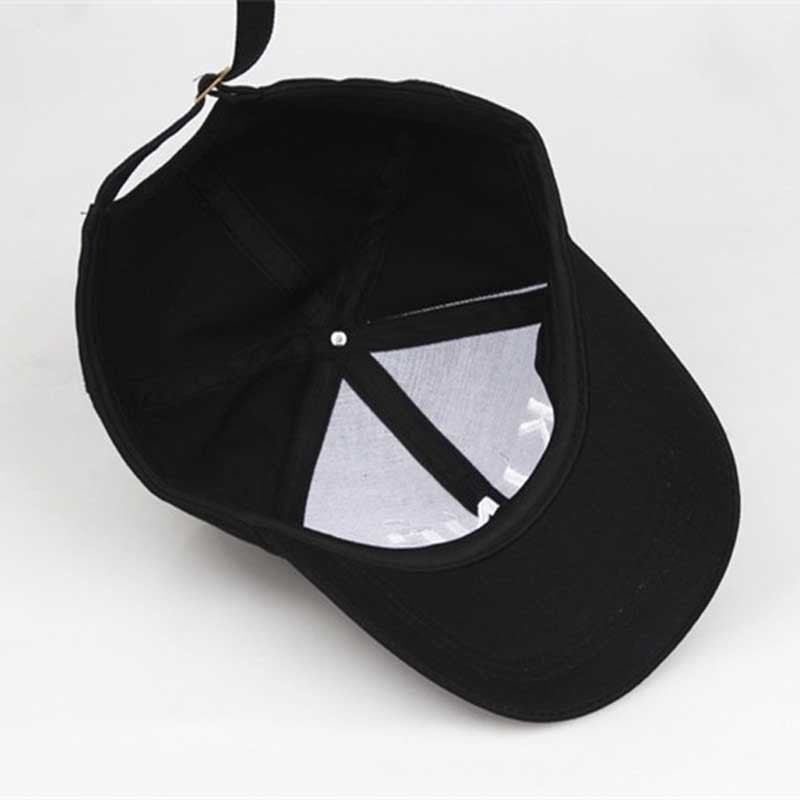 Queen Black Hat
