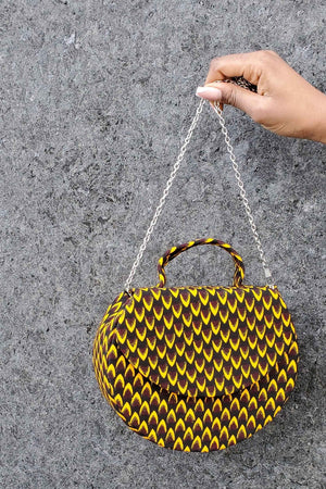 Bag with chain. Crossbody bag. Mini bag